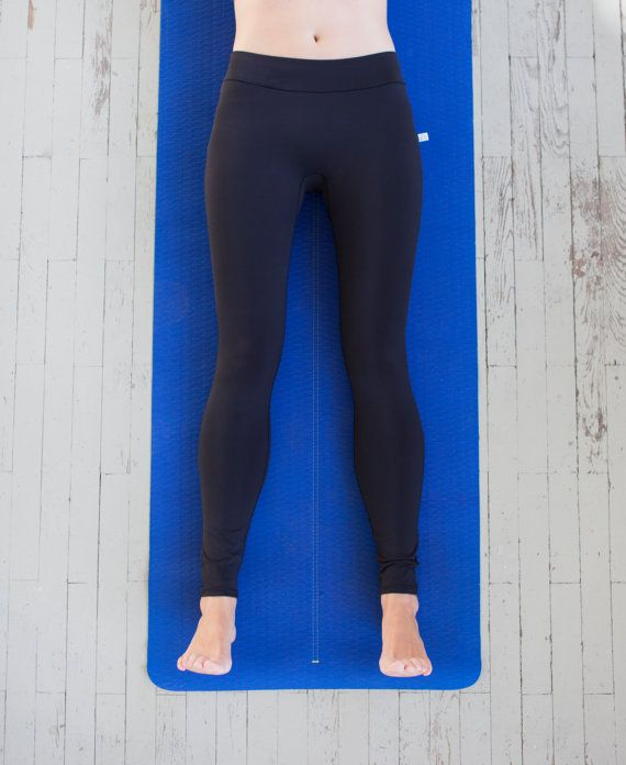 Black leggings / Yoga pants / Work-out leggings / by MIYOGI