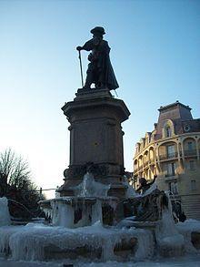 Charleville-Mézières — Wikipédia