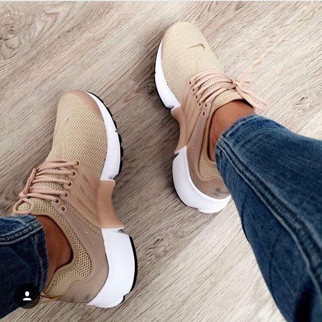 Pin von Karen Veall auf Shoes | Nike schuhe beige, Nike