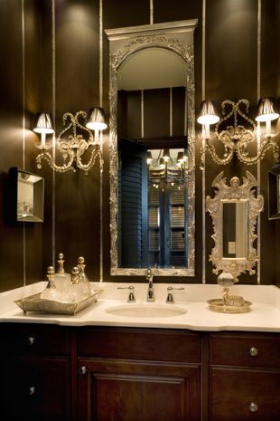 Gorgeous mirror and lighting