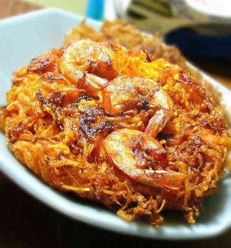okoy - grated papaya with shrimp (fried); best eaten with (vinegar + salt + black pepper + garlic) sauce