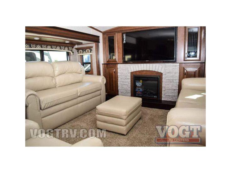 Rvtrader Th Wheel Front Living Room