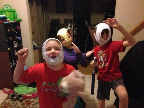 Όσο μας βγάζουν από τα ρούχα μας άλλο τόσο μας κάνουν να γελάμε τα παιδιά με τις θεότρελες στιγμές τους! Δείτε 10 ξεκαρδιστικές φωτογραφίες με πιτσιρίκια.