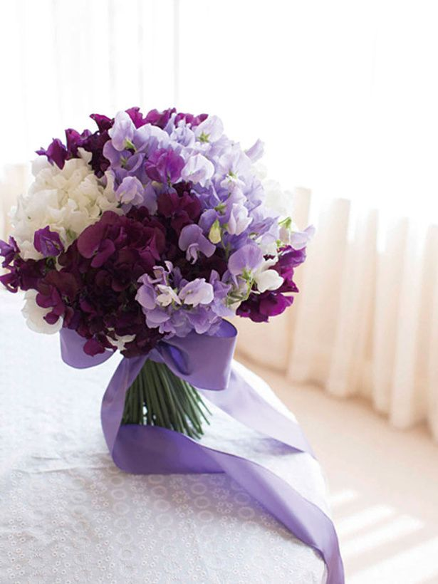 Sweet pea bouquet! So prettyyy
