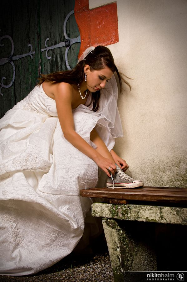 37+ Wedding Dress With Converse Pictures
