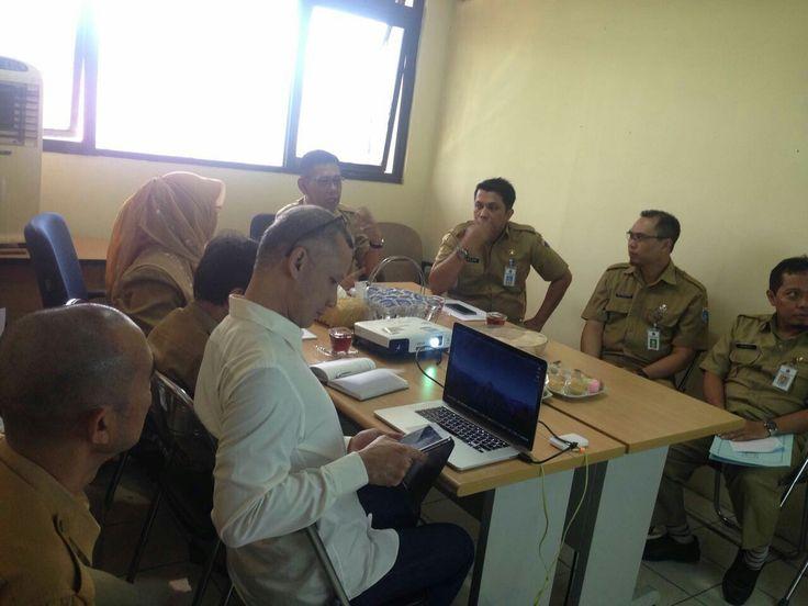 kunjungan dan pengarahan kepala dinas pelayanan pajak tanggal 11 oktober 2016 di UPPD Tambora