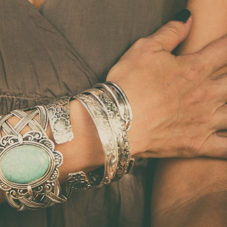 Original boho jewelry by LD. Tibetan Silver with turquoise Howlite Stone. Follow me on Etsy.