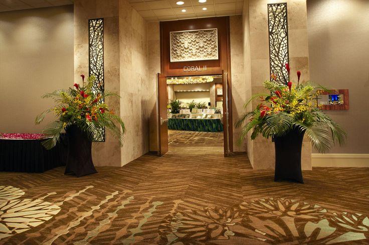 Hilton Hawaiian Village - hotel interior