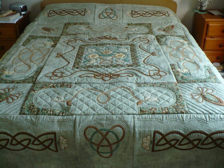 1000 images about patchwork celtico on pinterest celtic for Irish bedroom designs