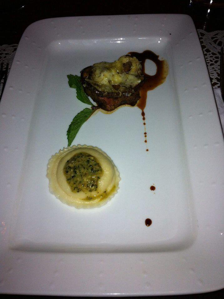 """Uno de las """"pruebitas"""" en #BocadoDeReina #Medellín #DionisioPimiento #Food #Foodie"""