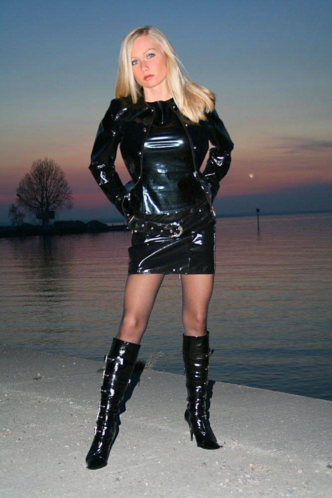 307 Best Latex And Vinyl Outfits Images On Pinterest -3926
