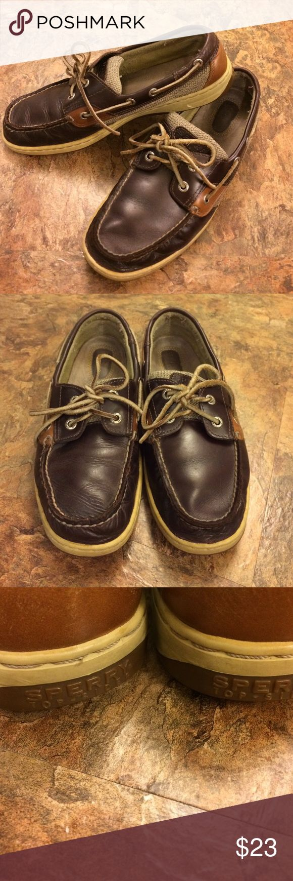 Leather Sperry Topsiders size 9 ladies Leather Sperry Topsiders size 9 great condition! Sperry Top-Sider Shoes Flats & Loafers