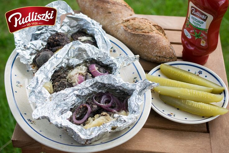 Grillowana kaszanka z kiszoną kapustą  #przepis #pudliszki #grill #kaszanka