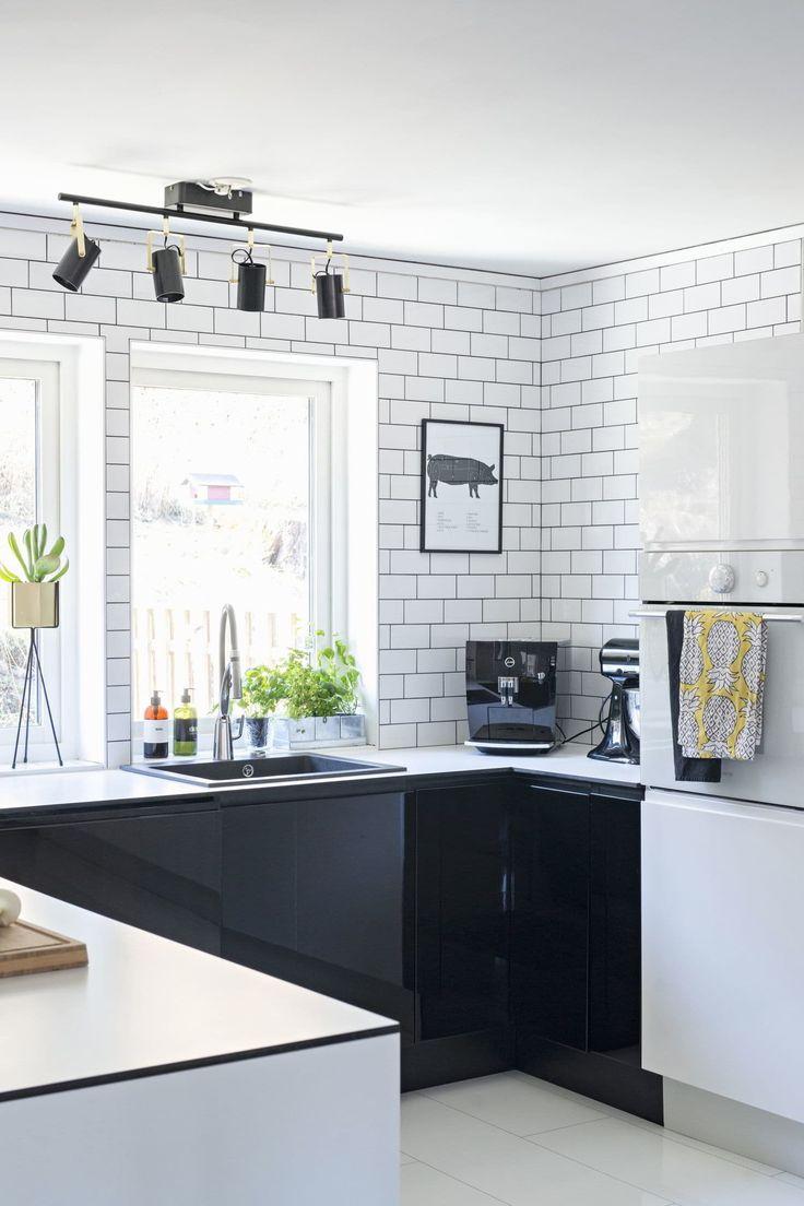 Oltre 20 migliori idee su piastrelle bianche su pinterest - Piastrelle bianche bagno ...