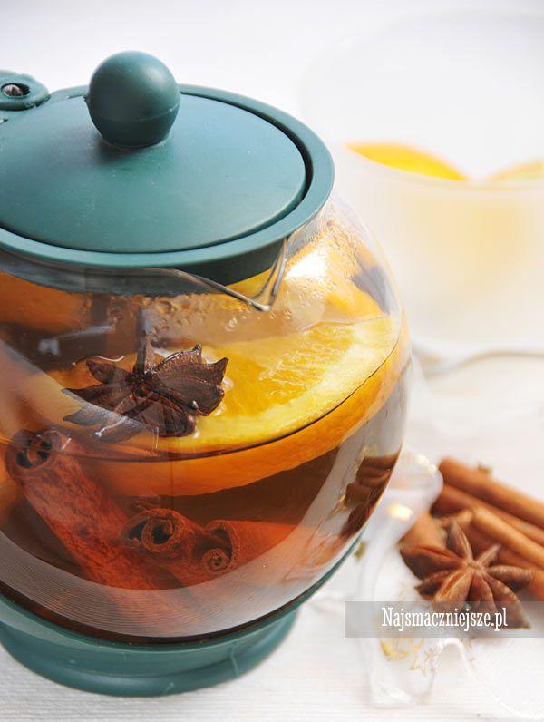 Herbata z pomarańczą i przyprawami #herbata #tea #pomarańcze #orange #food #najsmaczniejsze #cynamon #święta