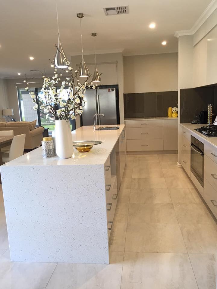0 6600 Nougat™ - The Maker Designer Kitchens