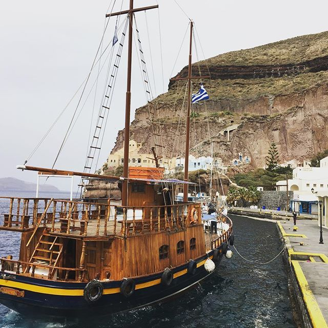 The old port of #Santorini, in #Fira town! Photo credits: @filipliu