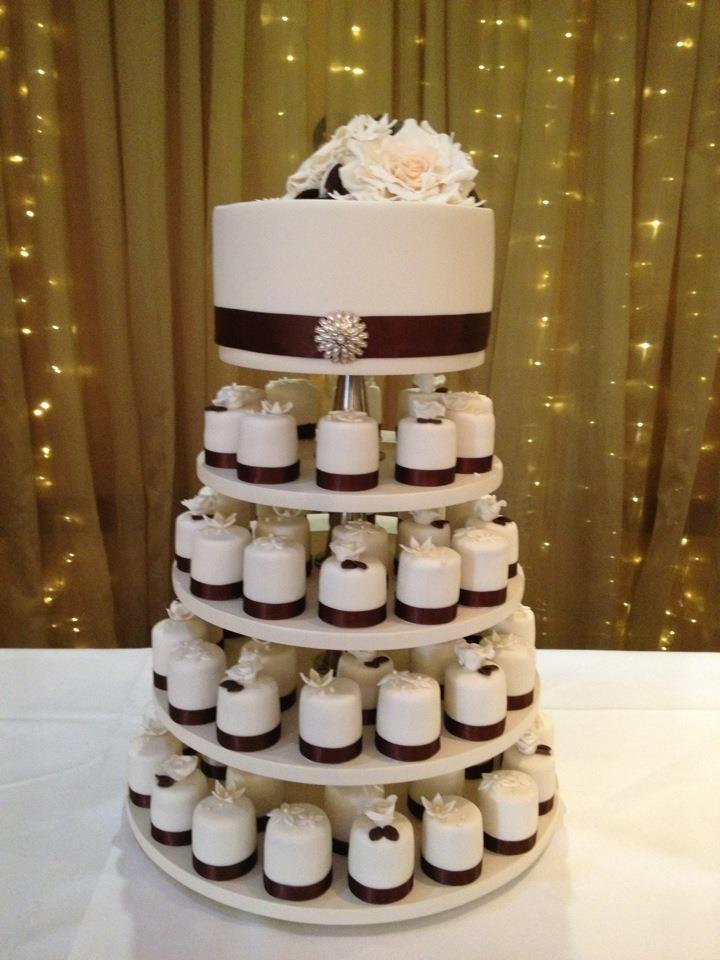 17 Best Ideas About 1 Tier Wedding Cakes On Pinterest