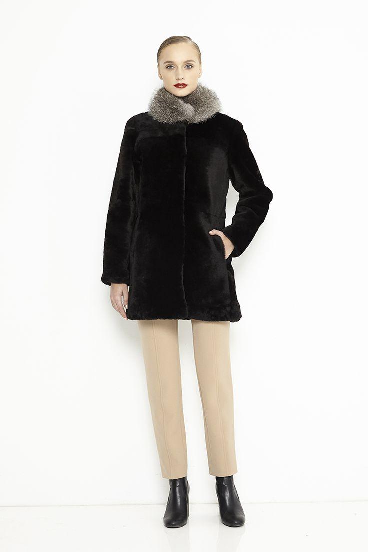 Sheepskin coat with fox collar