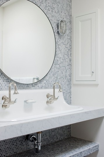 tile tile tile: Pennies Tile, Round Mirror, Kids Bathroom, Bathroom Mirror, Trough Sinks, Bathroom Sinks, Bathroom Ideas, Under Sinks, Eclectic Bathroom