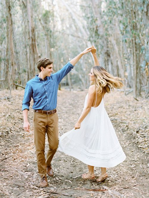 Engagement / anniversary shoot idea