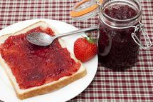 http://easteuropeanfood.about.com/od/crossculturaldesserts/r/Easy-Strawberry-Jam-Recipe.htm