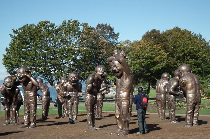 2. Showing the scale of each statue (8.5 feet high).