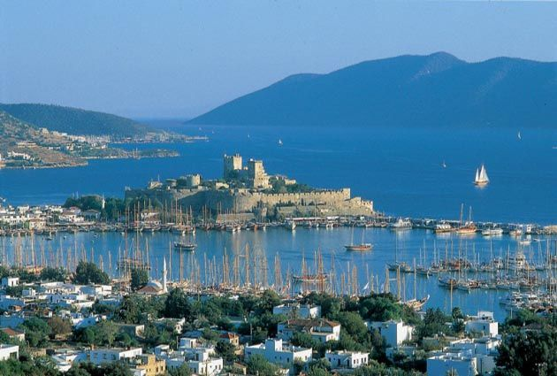 8.Day, Bodrum, private motor yacht rental, www.barbarosyachting.com