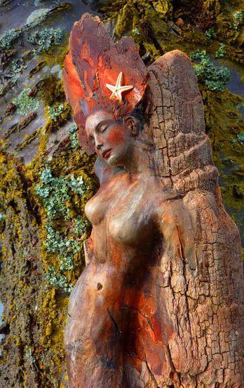 Nő, élet, természet: lenyűgöző uszadékfa szobrok a szabadban | Életszépítők