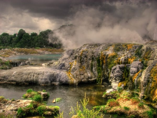 running shoes online australia In New Zealand  39 s Taupo Volcanic Zone lies an alien looking active geothermal area called Wai O Tapu  It is home to a number of colorful hot springs  geysers  steaming volcanic lakes and mineral terraces as well as mud pools