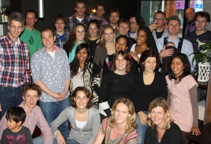 Neven en nichten Rouweler, 27 november 2011. Hier staan nog niet eens de achter neefjes, nichtjes op en de de ooms en tantes.