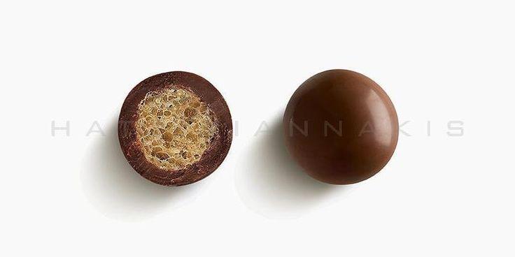 Τραγανός πυρήνας από δημητριακά με επικάλυψη σοκολάτας γάλακτος.Συσκευασία: Κουτί 700 γρ.Αν σας ενδιαφέρει να αποκτήσετε...