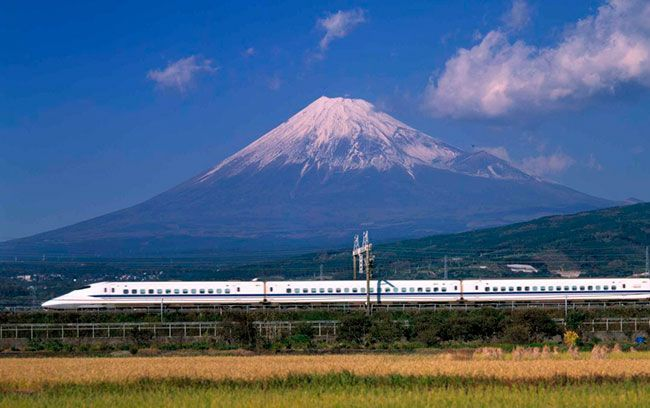 Discover Japan by train: buy your Japan Rail Pass online (7, 14 or 21 days) and save money! Fast worldwide UPS delivery in 2 business days. Authorized official vendor of JR Pass.