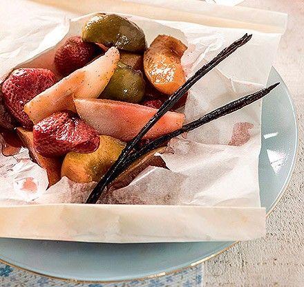 Frutas assadas em papillote (Foto: Iara Venanzi/Casa e Comida) | Recipe