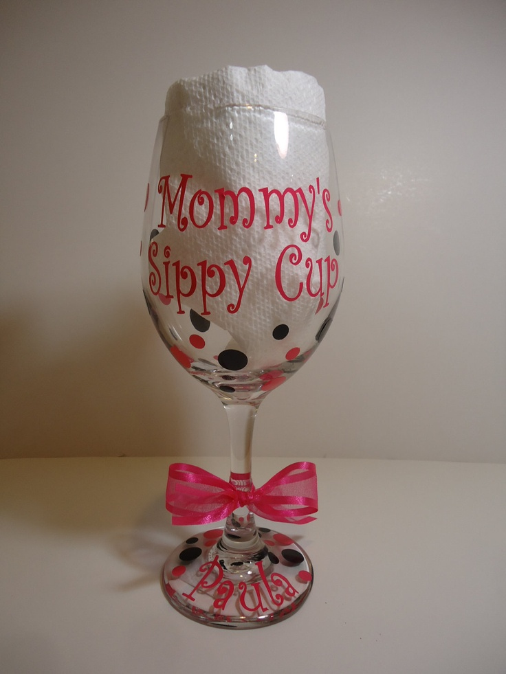 Mommy's sippy cup - Personalized wine glass - extra large size - great gift for new mom. $12.00, via Etsy.Cups Personalized, Personalized Wine, Wine O', Sippy Cups, Mommy'S Sippy, Wine Glasses, Baby Shower, 12 00, Crafts