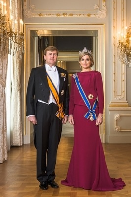 4/30/2013 formal photograph of the new King and Queen of The Netherlands.