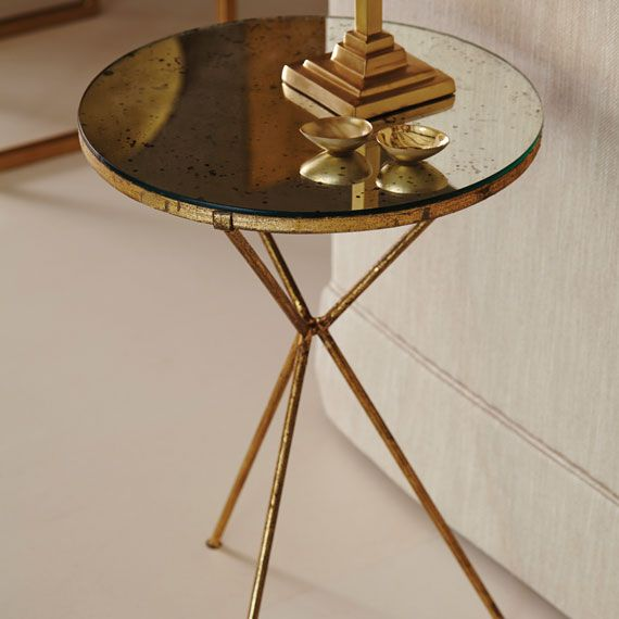 High Quality Triomphe Tripod Table Good Looking