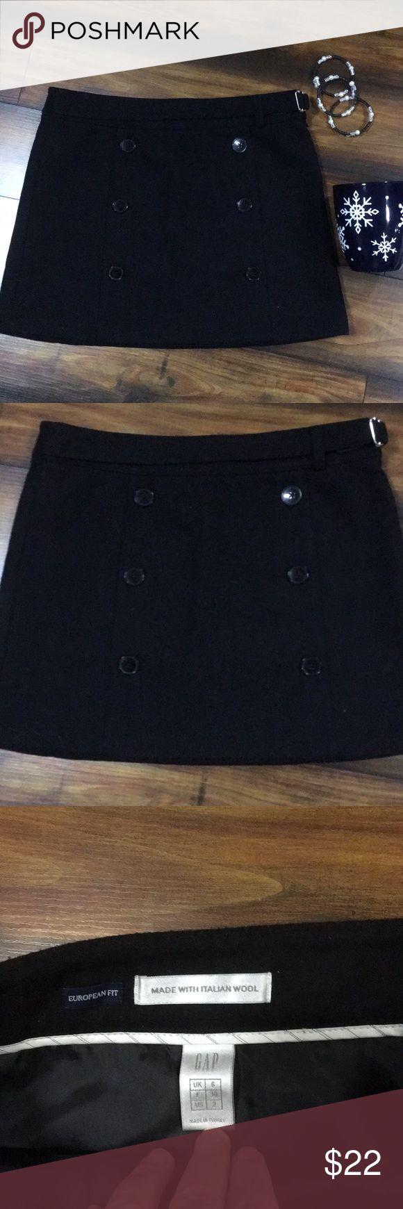 Final markdown Gap Italian wool mini skirt EUC. Please see pics. GAP Skirts Mini