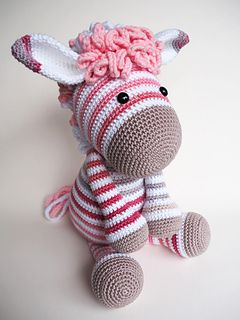 You can use this modification pattern to change donkey Alex in Zoe zebra. More