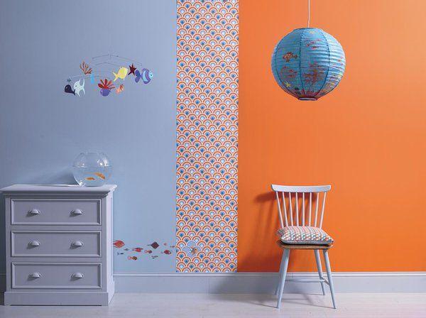 Un motif, une teinte tonique et un gris qui apaise, voici les recommandations de Ressource pour une chambre d'enfant.