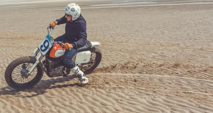 Suzuki 600DR Flat Track Gentlemen's Factory. Tee-shirt collection 2017 pour amateurs de motos vintage et custom #VintageJersey #vintagemotorcycle #GentlemensFactory #bikers #bikerclothes #frenchbrand #roadtrip #bikercode #clothes #sweatshirt #teeshirt #leatherjacket #aventure #trophy #dirttrack #bikerwithstyle #bikerwithattitude #menwithclass #ridefast #easyriders #bratstyle #retrofashion #vintagelook #retrolook  /// Photo : Laurent scavone
