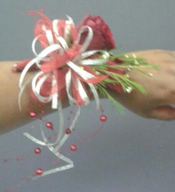 Red & Silver Arm Corsage.