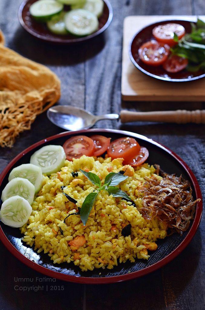 Simply Cooking and Baking...: Nasi Goreng Kunyit Kemangi Ebi