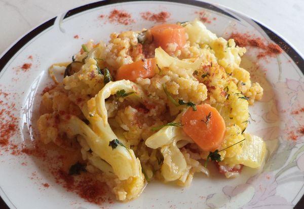 Ρύζι με κουνουπίδι στην γάστρα