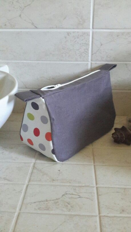 ...☆... . --------------------------------- Trousse de toilette fait maison(tutoriel blog Lm les croix)