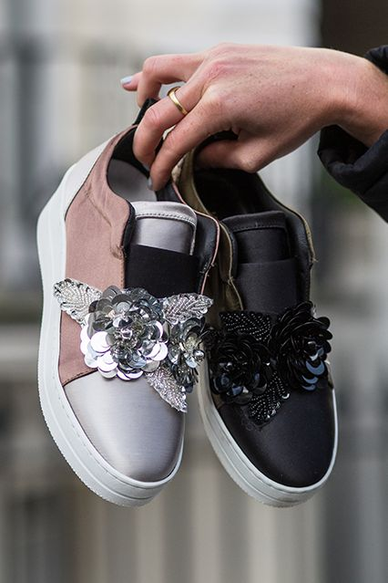 Blending on-point metallics with a little added embellishment, Loop from Kurt Geiger London injects extra fun into casual looks. Set on a pumped-up white sole and finished with a printed heel counter and feature strap across the vamp.