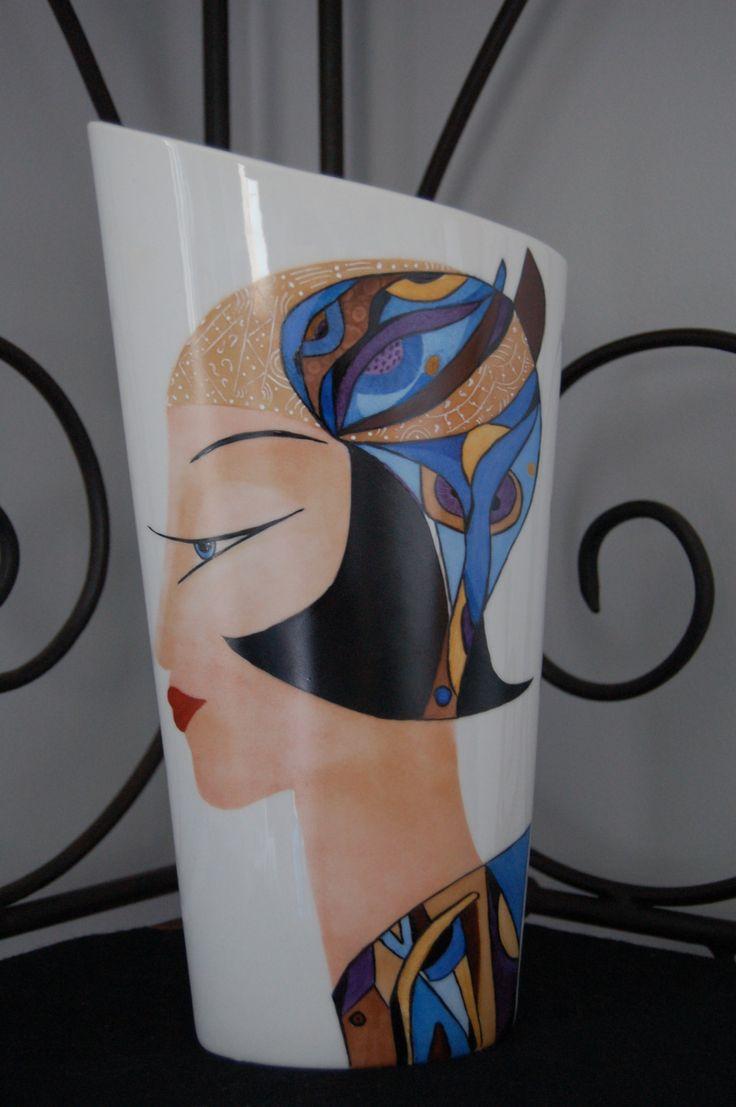 Vase conique oval en porcelaine de Limoges : Accessoires de maison par penelope2