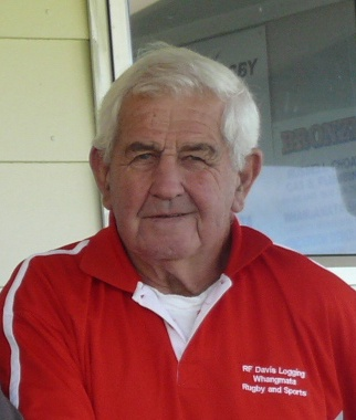 Google Image Result for http://www.rugbynews.co.nz/images/clubs/Whangamata/Whangamata%2520Club%2520Legend.jpg