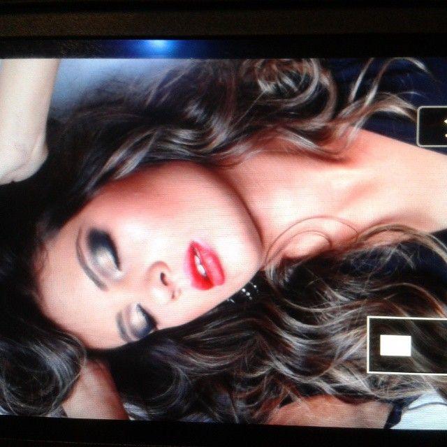 Maquiagem, Makeup, Olho esfumado, batom vermelho, red lips