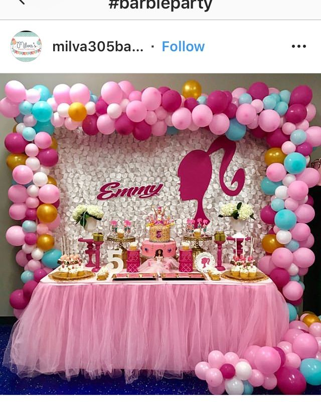 Barbie Party set up table (With images) | Barbie theme ...